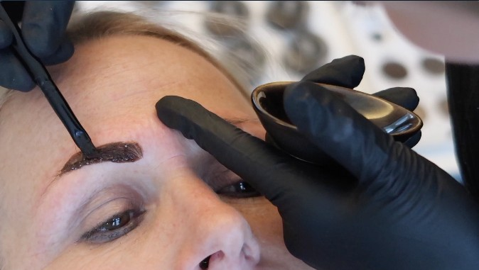 HENNA BROWS | BEAUTYVLOGGER SUSAN